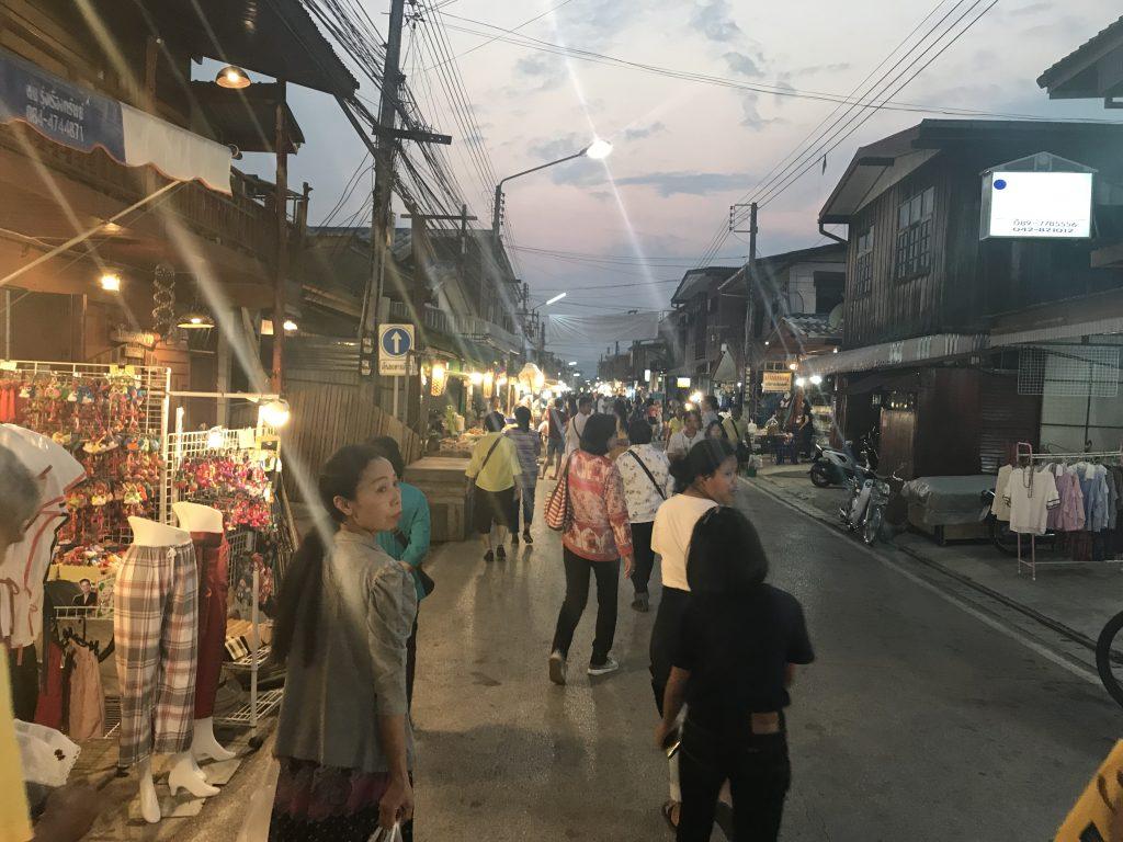 Market @Chiang Khan