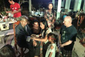 Papa & Family Warunee