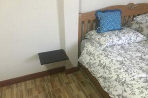 Bed shelf (up)