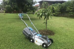 Swift battery lawn mower